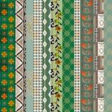 De textuurachtergrond DE van het lapwerk verticale naadloze bloemenpatroon Stock Foto's