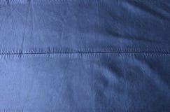 De Textuurachtergrond van het indigo Blauwe Leer Stock Fotografie