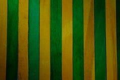 De thème jaune de cru fond en bois approximatif vertical de texture de cloison de séparation et vert faites écrire un certain esp photos libres de droits