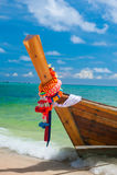 De Thaise boot op de kust van het eiland Stock Afbeelding