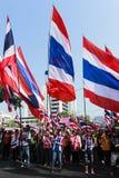 De Thaise burgerverzameling steunt Suthep Thaugsuban Stock Afbeeldingen