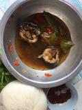 De Thaise kruidige noedel van de voedselkatvis &thai stock afbeelding