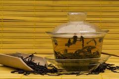 De Thee van Dankong van de honing in Gaiwan royalty-vrije stock foto