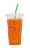 De thee van de ijsmelk, beroemde die drank in Thailand, op wit wordt geïsoleerd Royalty-vrije Stock Foto's