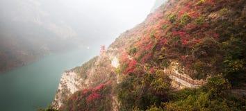 De Three Gorges sidorna Royaltyfria Foton