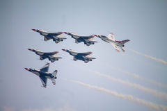 De Thunderbirdslucht toont Royalty-vrije Stock Afbeeldingen