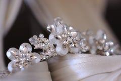De tiara van bruiden Stock Afbeeldingen