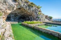 De Tiberio` s Villa, Romein ruïneert dichtbij Sperlonga, de provincie van Latina, Lazio, centraal Italië stock foto