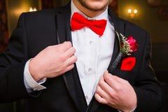 De tiener kleedde zich voor Prom stock foto