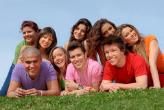 De tienerjaren van de groep, tieners Royalty-vrije Stock Afbeelding