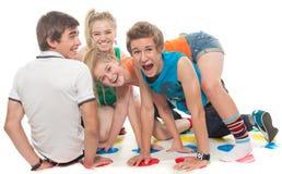 De tieners spelen cheerfully Royalty-vrije Stock Foto