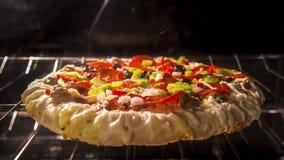De tijd-Tijdspanne 4k UHD van de bakselpizza stock footage