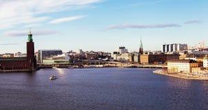 De tijd-tijdspanne van Stockholm dagstadhuis stock footage