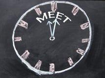 De tijd voor ontmoet klokteken Stock Foto