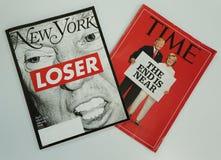 De tijdschriften van New York en van de Tijd vóór de Presidentsverkiezing van 2016 op vertoning worden uitgegeven die Royalty-vrije Stock Fotografie