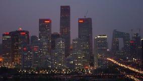De tijdspanne van de gezoem uit tijd van bezige opgeheven wegverbinding & horizon bij schemer, Shanghai stock videobeelden