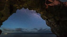 De Tijdspanne van de stertijd van melkachtige manier bij nacht stock footage