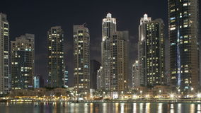 De tijdtijdspanne van de nachtmening 4k dichtbij wereld hoogste de bouwgebied stock footage