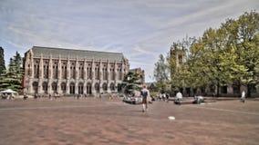De Tijdtijdspanne van het campus Voetverkeer stock video