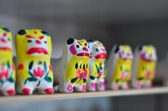 De tijger van het kleibeeldhouwwerk Stock Afbeeldingen