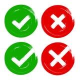 De tik & de dwars rode groene borstelslag stemmen over de reeks van het adviesteken van o.k., nr, ja vinkjes royalty-vrije illustratie
