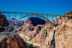"""De tillman herdenkingsbrug van Mike o 'callaghan""""pat tussen Nevada en Arizona stock afbeelding"""