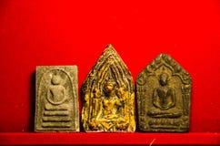 ` De Tim del enviado de la PU de Luang del prai de Phra Phong del socio del ` de las urracas para empujar el encanto más benévolo Fotos de archivo libres de regalías