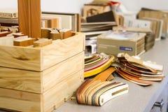 De toebehoren van het meubilair Multicolored rand en de melanine van pvc voor de vervaardiging van meubilair stock fotografie