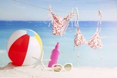 De toebehoren van het strand Concept de zomervakanties Stock Afbeeldingen