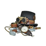 De toebehoren van Steampunk - hoed, beschermende brillen, kanon, horloge Royalty-vrije Stock Afbeeldingen