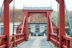 De toegangsbrug aan Bourtange, een Nederlands versterkt dorp in royalty-vrije stock foto