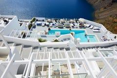 De toeristen die van hun vakantie genieten bij luxehotel Royalty-vrije Stock Foto's