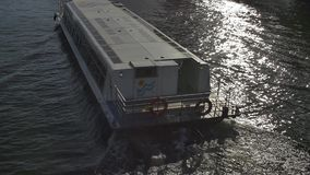 De toeristenboot van Melbourne stock video