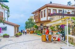 De toeristenstraten van Antalya stock fotografie