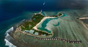 De toevlucht van de Maldiven in het gebied van het het Noordenatol Stock Foto's