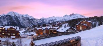 De toevlucht van de ski, van Courchevel in Frankrijk, stock foto