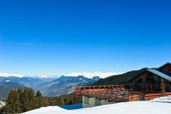 De toevluchtchalet van de ski Stock Afbeelding