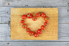 De tomaat van het het ideevoedsel van het liefdehart royalty-vrije stock fotografie