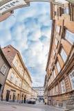 De Tomiceva-straat onder de kabelbaan van Zagreb Stock Fotografie