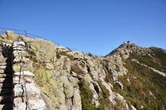 De top van de Berg van Whiteface en weerstation Stock Foto's