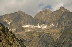 De toppen van de Pyreneeën Stock Fotografie