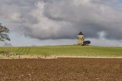 De Toren & de Kluis van Oude Monkton-Windmolen in Zuid-Ayrshire Stock Foto's