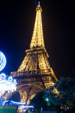 De toren en de carrousel van Parijs Eiffel Royalty-vrije Stock Afbeelding