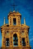 De toren en de klokken van de kerk Royalty-vrije Stock Afbeelding