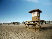 De toren van de badmeester in New Port Beach, Californië Stock Foto