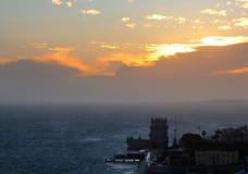 De toren van Belem bij zonsondergang royalty-vrije stock afbeelding