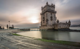 De Toren van Belem bij Zonsopgang Royalty-vrije Stock Afbeeldingen