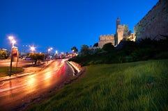 De toren van David - Oude stadsmuren bij dageraad, Jeruzalem Royalty-vrije Stock Foto's