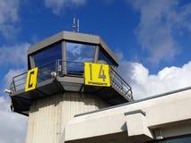 De toren van de het verkeerscontrole van de luchthaven royalty-vrije stock foto