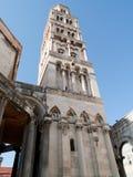 De toren van de kathedraal Royalty-vrije Stock Afbeeldingen